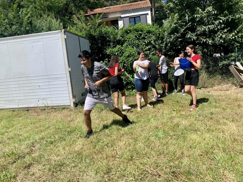 Secteur Jeunes - Bataille navale géante - bataille d'eau